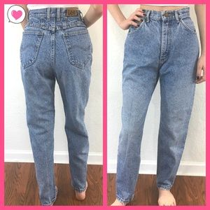 Vintage Lee high waisted mom jeans light wash 10 P